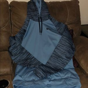 Men's Nike Dri-Fit Hooded Sweatshirt 💙